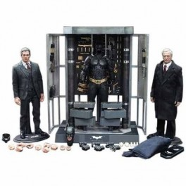 Batman Armory With Batman and Alfred 1/6th